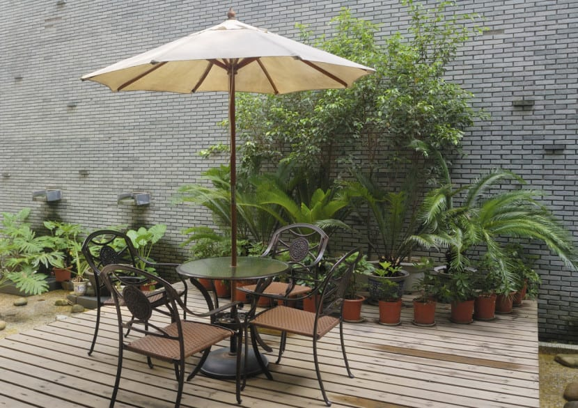 Ideas para decorar tu jard n en invierno - Decoracion de patios pequenos exteriores ...