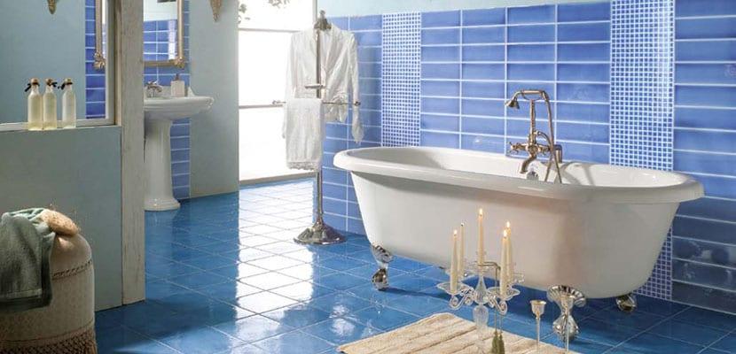 C mo decorar ba os azules - Banos azules decoracion ...
