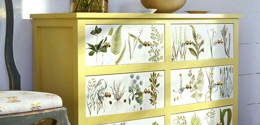 C mo decorar muebles con decoupage for Decorar muebles con tela