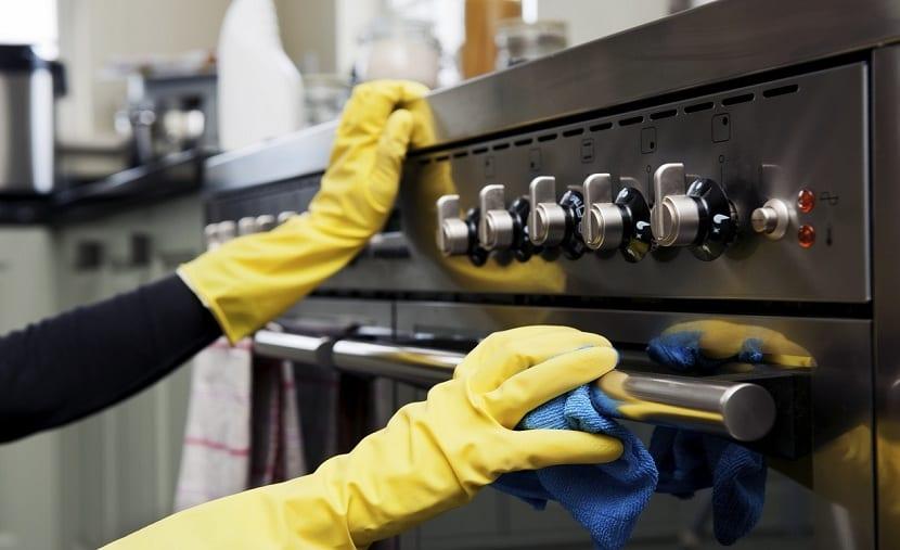 Cómo limpiar los electrodomésticos de forma natural