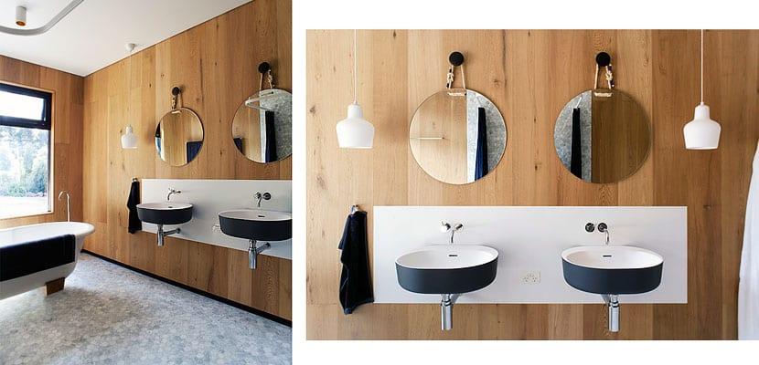 Cuarto de baño con revestimiento de madera