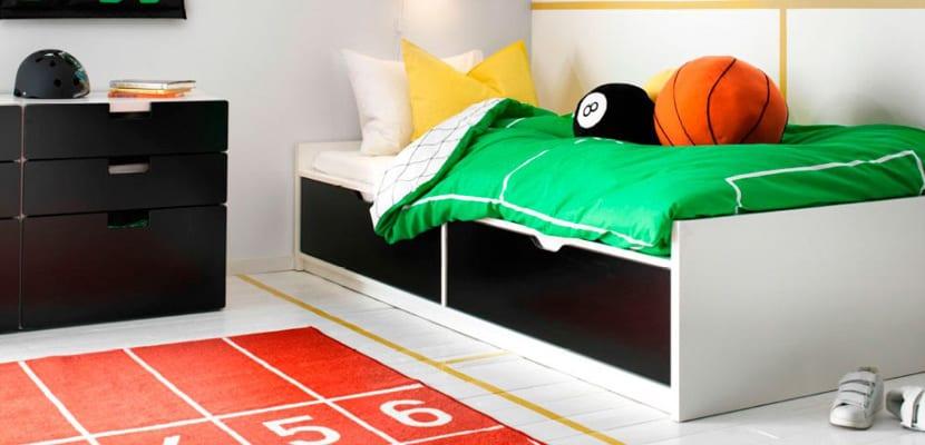 Habitación infantil deportiva colorida