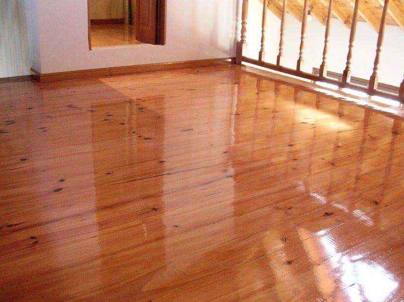 Consejos a la hora de limpiar los suelos de tu casa for Suelos para jardines fotos