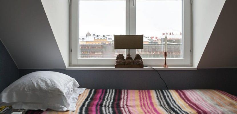Dormitorio colorido en estilo nórdico