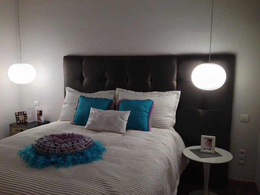 C mo iluminar la mesita de noche del dormitorio - Iluminacion de dormitorios ...