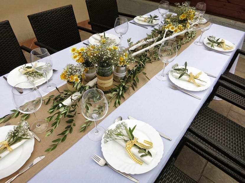 ideas para decorar la mesa para una cena entre amigos