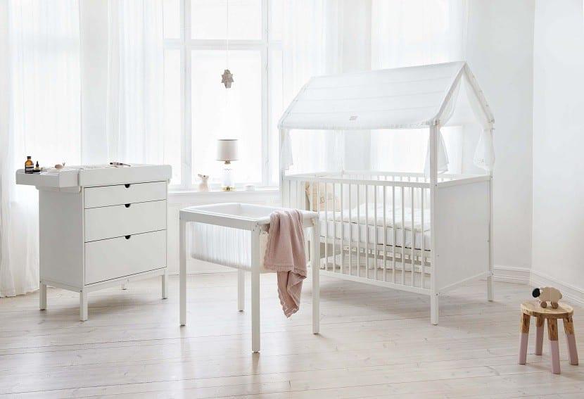 C mo iluminar el cuarto del beb for Iluminacion habitacion bebe