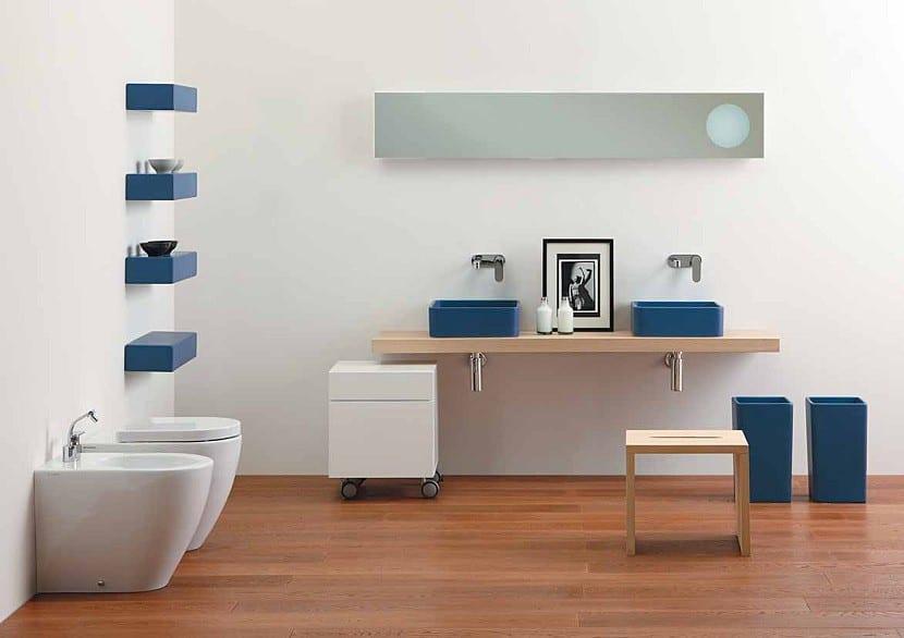El color azul para decorar el cuarto de ba o - Banos en azul y blanco ...