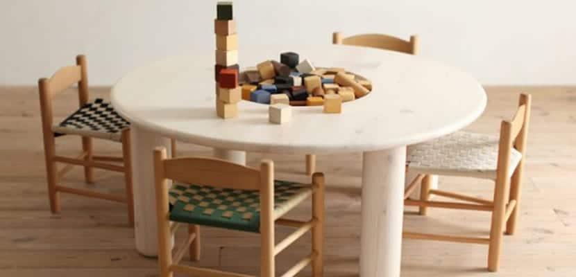 Mueble infantil ecológico, mesa de juego