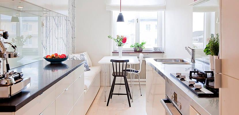 C mo decorar las cocinas largas y estrechas for Cocina larga y angosta