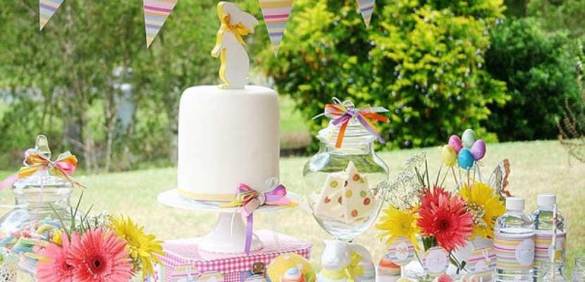 Decorar la fiesta de Pascua con una mesa dulce