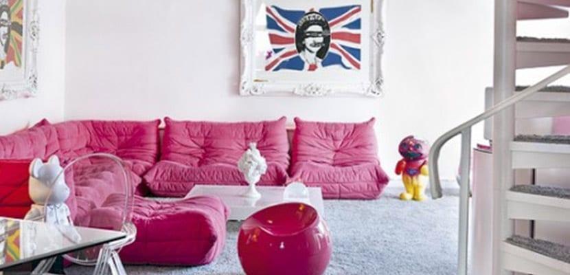Sillones rosas salón moderno