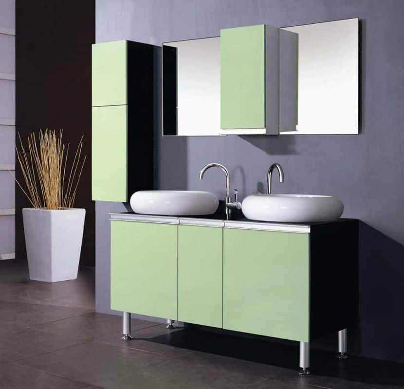 baño verde y morado