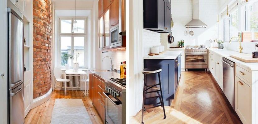 Cocina estrecha con madera