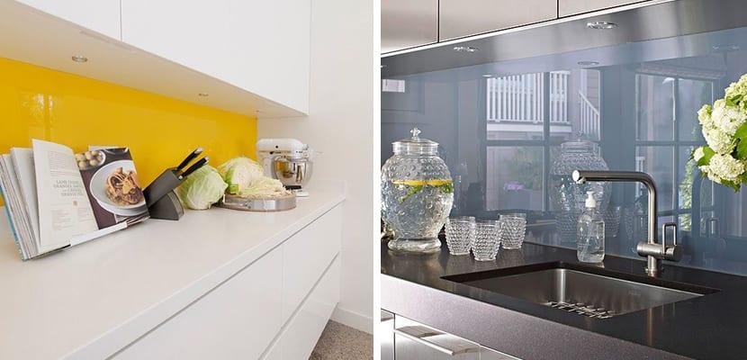 Zona de cristal en la cocina en lugar de azulejos for Ver azulejos de cocina