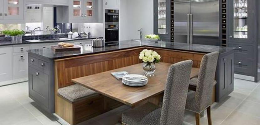 Cocinas que tienen isla con comedor incluido muy pr ctico - Unir cocina y salon ...