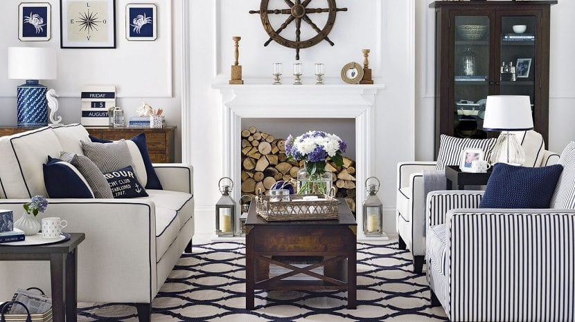 Traditional-nautical-living-room