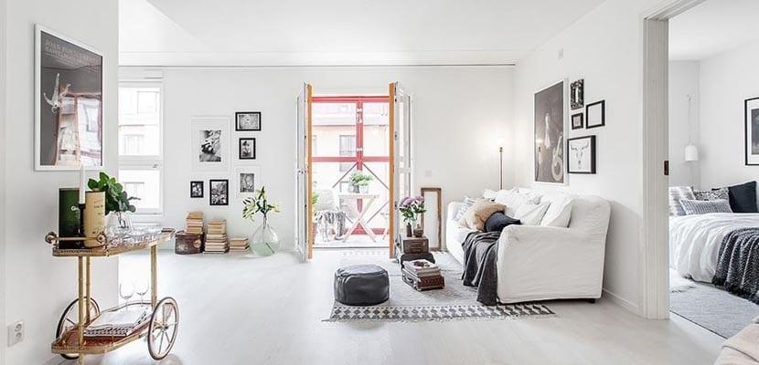 Una casa muy chic decorada en color blanco - Casas decoradas en blanco ...