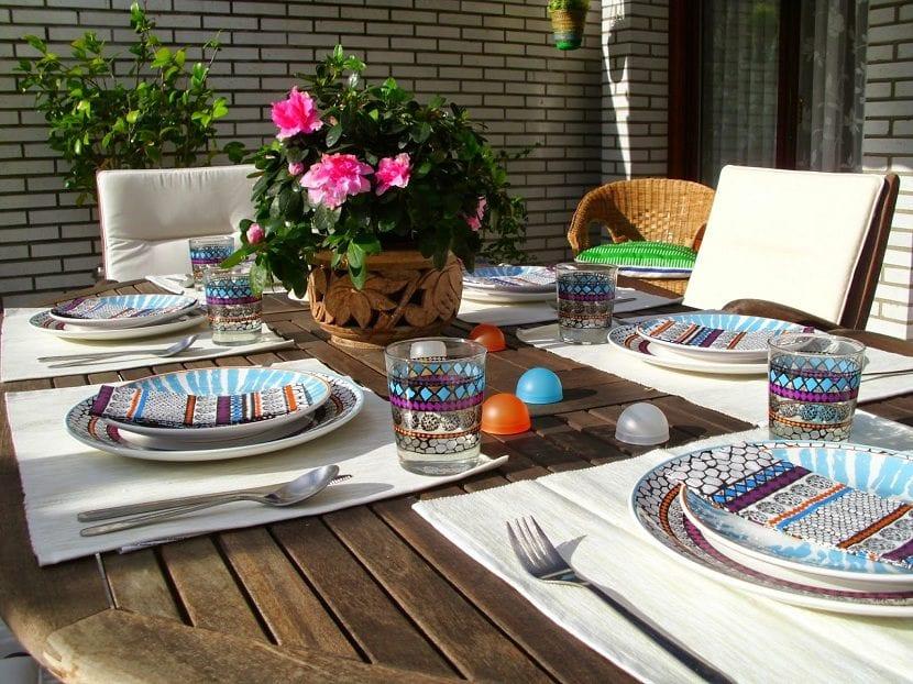 decorar-la-mesa-con-la-vajilla-de-ikea-driftig-5