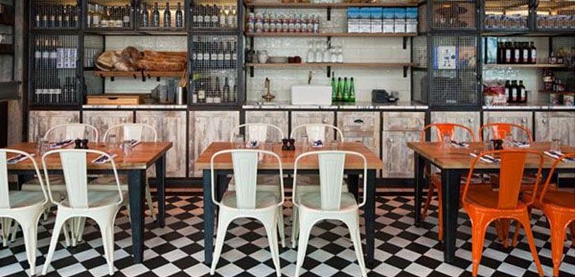 Sillas Tolix en restaurantes