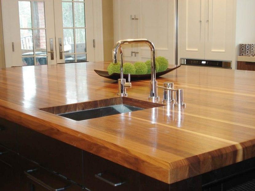 encimera-de-madera-para-la-cocina