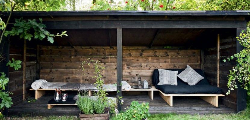 Terraza en color negro