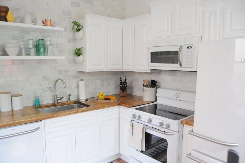 cocina-pequeña-blanco