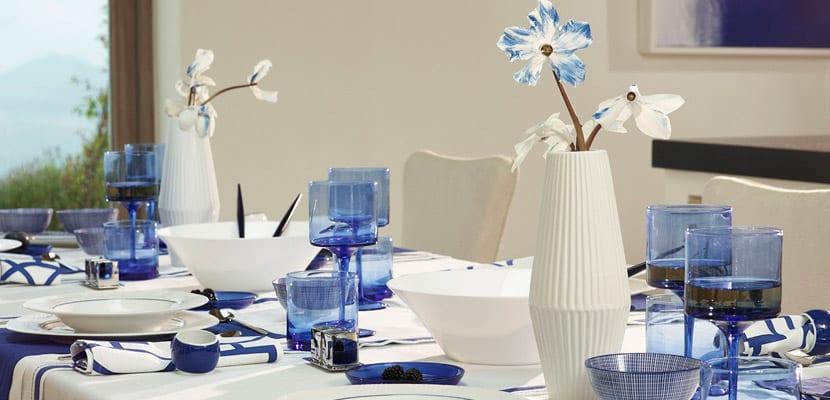 Mesa en azul