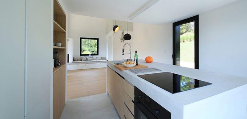 Casa de campo con interior minimalista - Casas de campo por dentro ...