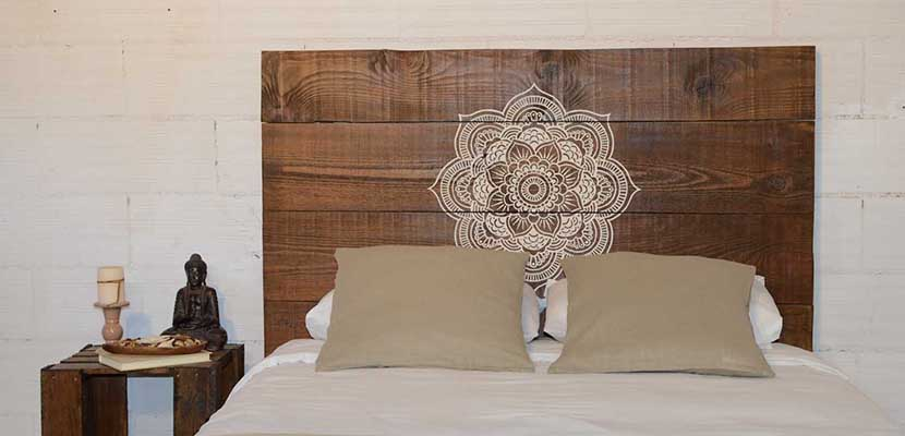 Ideas para decorar la cama con cabeceros de madera - Cabeceros de madera originales ...