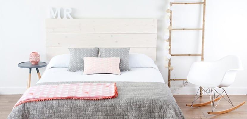 Ideas para decorar la cama con cabeceros de madera