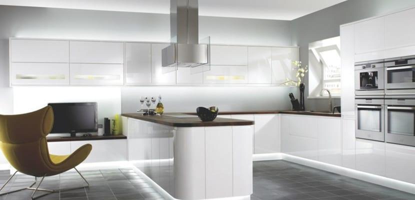 Ideas para las cocinas modernas blancas - Luces para cocinas ...