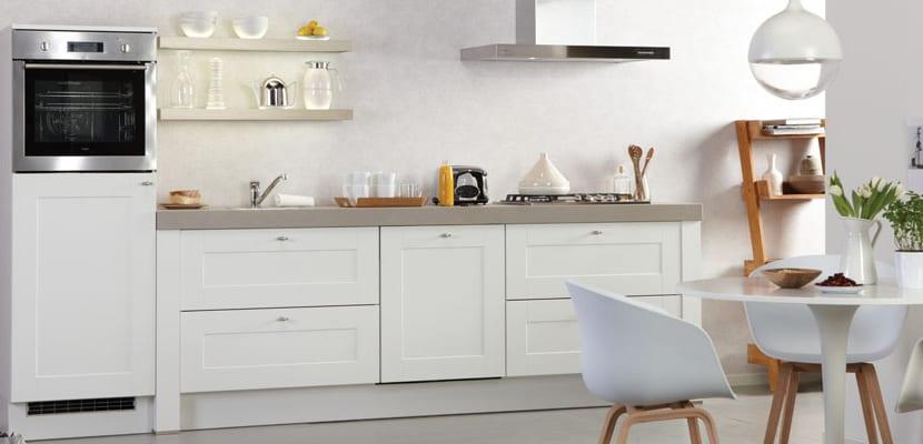 Ideas para las cocinas modernas blancas for Cocinas blancas pequenas