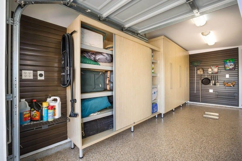 Armarios con puertas correderas - Armario para garaje ...