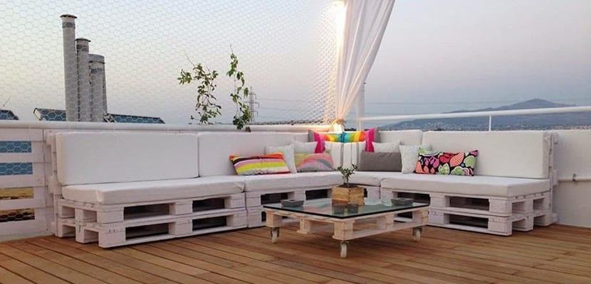 C mo decorar y hacer sof s con palets - Sofas para exterior ...