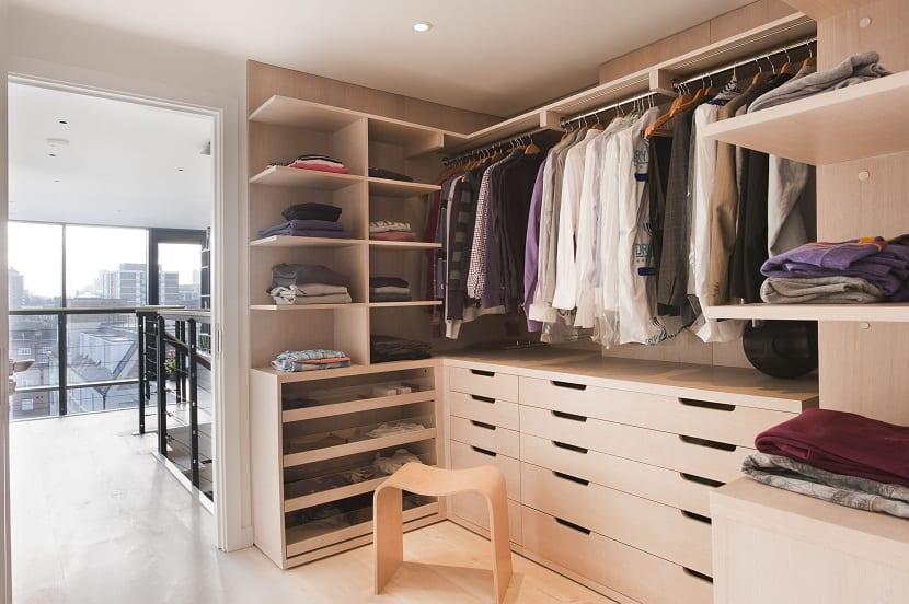 vestuario pequeño