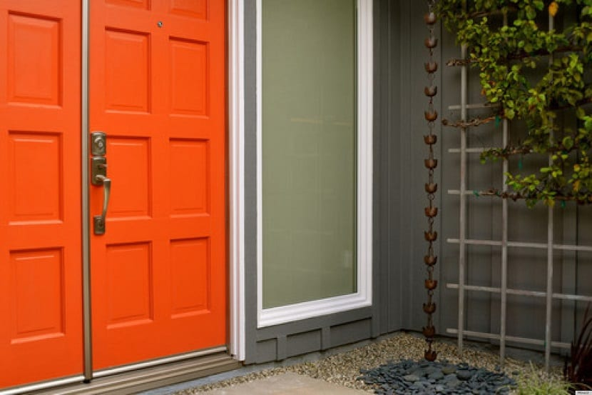 Ideas de colores para la puerta de entrada de tu casa - Colores para puertas ...