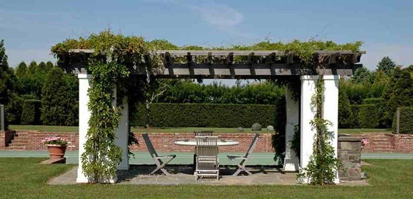 P rgolas para el jard n tipos y c mo elegirlas - Pergolas baratas para jardin ...