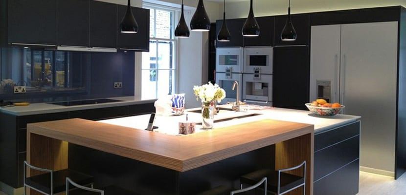 Elegir una pr ctica cocina con isla para el hogar for Cocinas cuadradas con isla