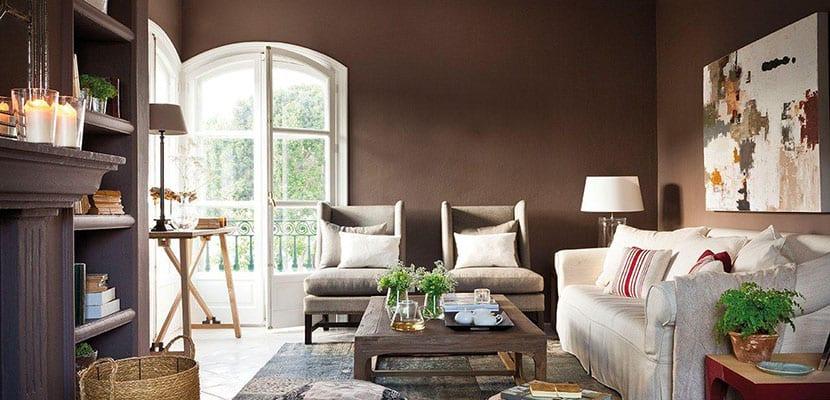 Salón marrón