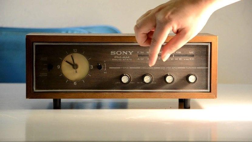 radios antiguas en la decoración