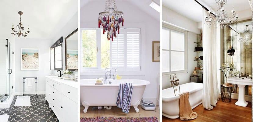 Baños con lámparas de araña