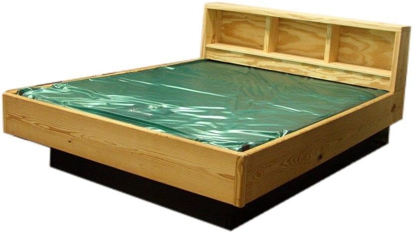 cama de agua con base madera