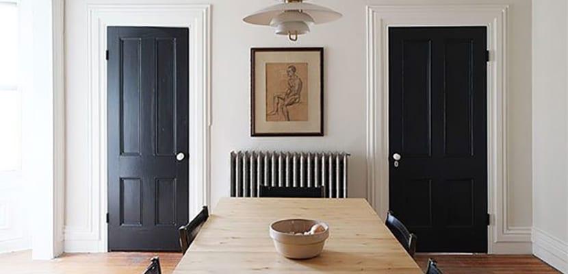 descubre c mo pintar una puerta de madera en casa