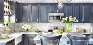 Cocina azul oscuro