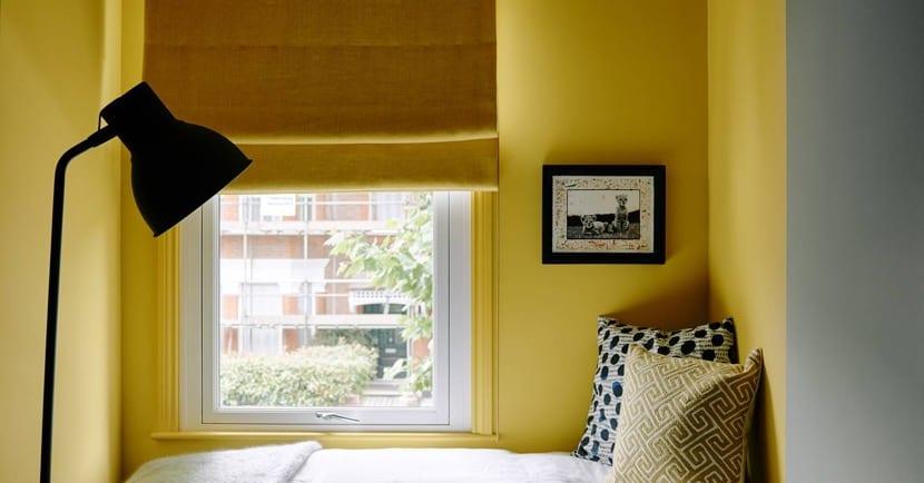 dormitorio con el espacio bien aprovechado