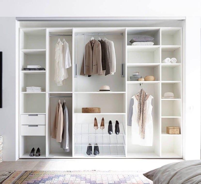 armario abierto empotrado