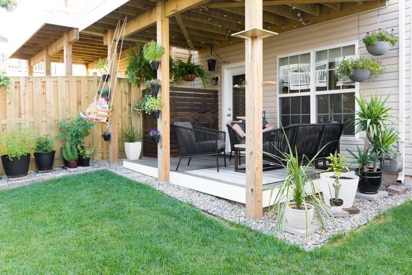 patio pequeño con jardin