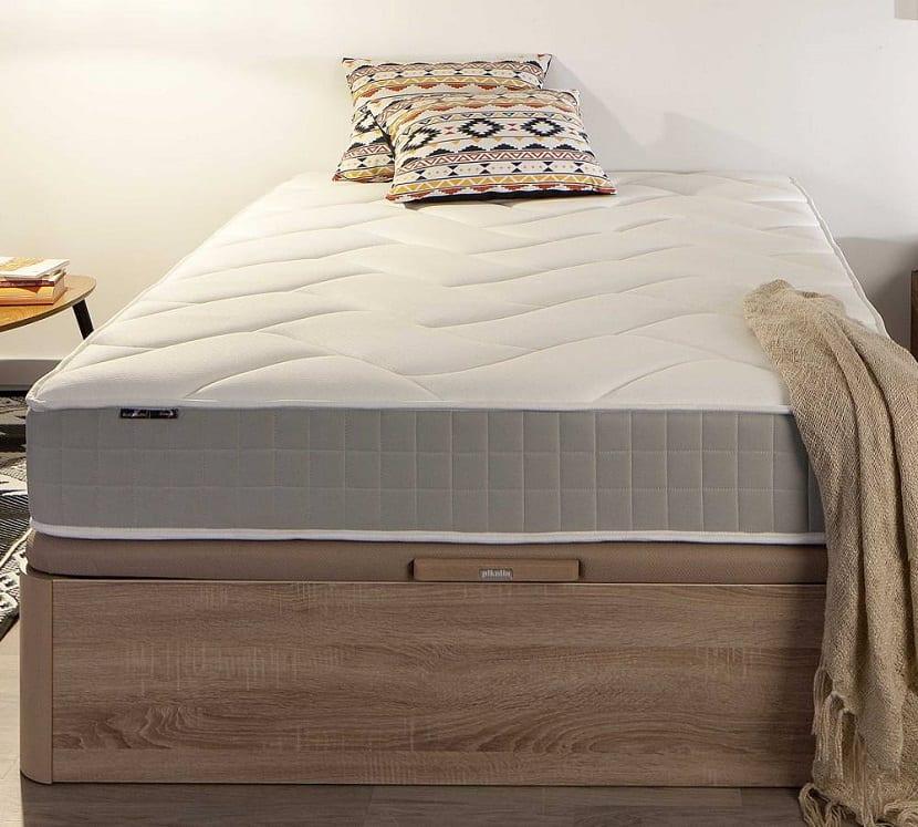 colchón enrollado de muelles