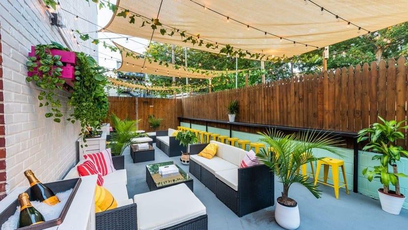 barra de bar en la terraza